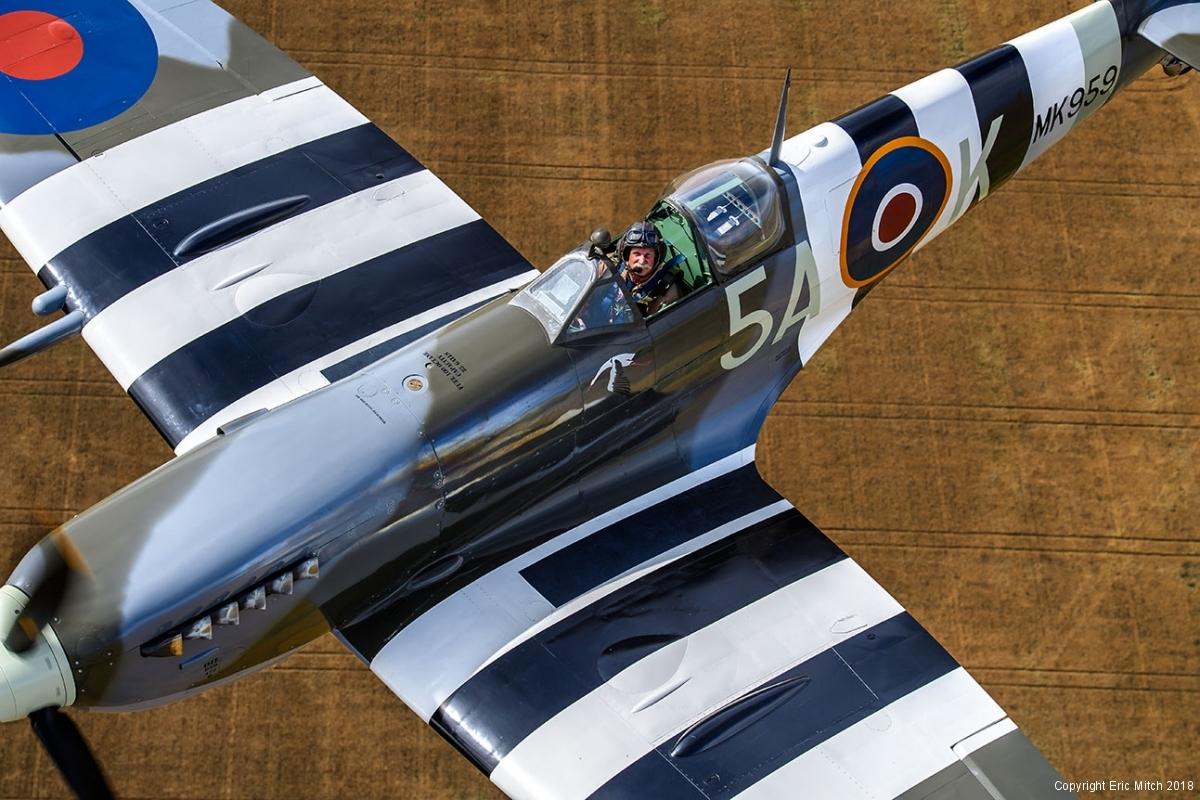 Spitfire MkIX Air-to-Air Warren